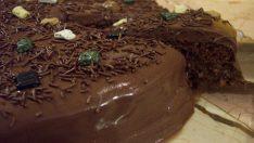 Çikolatalı Kolay Pasta Tarifi – Pasta Tarifleri