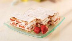 Çilekli Milföy Pastası Tarifi – Pasta Tarifleri