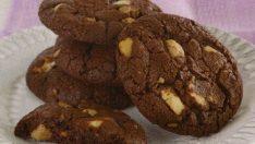 Beyaz Çikolatalı ve Fındıklı Kurabiye Tarifi – Kurabiye Tarifleri