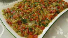 Közlenmiş Biber ve Domatesli Patlıcan Salatası Tarifi – Salata Tarifleri