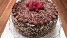 Kakaolu Yılbaşı Pastası Tarifi – Pasta Tarifleri