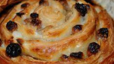 Kuru Üzümlü Pudingli Çörek Tarifi – Kurabiye Tarifleri