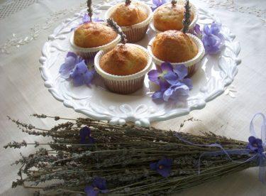 Lavantalı Cupcake Tarifi – Kek Tarifleri