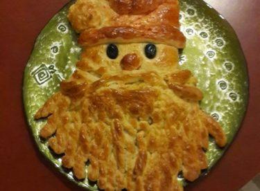 Noel Baba Paskalya Çöreği – Kurabiye Tarifleri