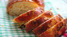 Yeşil Fıstıklı Paskalya Çöreği Tarifi – Poğaça Tarifleri