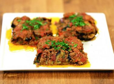 Patlıcan Musakka Tarifi – Ana Yemek Tarifleri