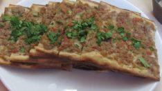 Etli Ekmek Tarifi – Hamur İşleri