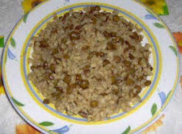 Fırında Sebzeli Kaşarlı Köfte ve Yeşil Mercimekli Bulgur Pilavı Tarifi – Bugün Ne Pişirsem?