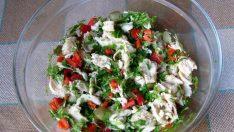 Kolay Tavuk Salatası Tarifi – Salata Tarifleri