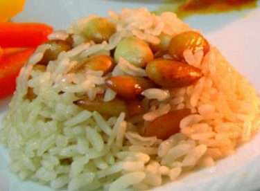 Bademli Pirinç Pilavı Tarifi – Pilav Tarifleri