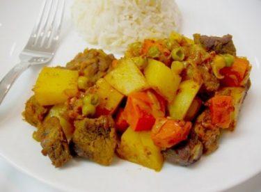 Güveçte Orman Kebabı Tarifi – Ana Yemek Tarifleri