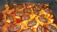Fırında Anne Usulü Köfte Patates Tarifi