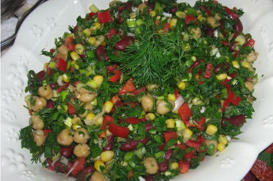 Yeşil bezelye salatası
