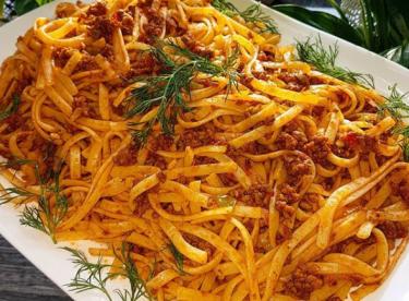Kıymalı Makarna ( Bolonez soslu)