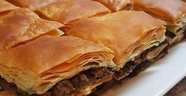 24 Katlı Nişastalı Çıtır Börek Tarifi