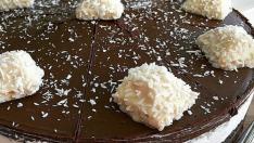 Hindistan cevizli çikolatalı Pasta
