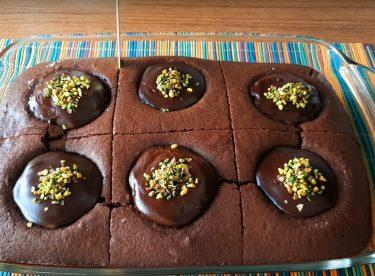 Çikolata Dolgulu Elmalı Kek